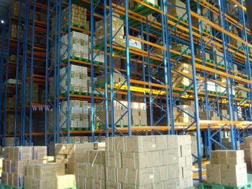 Factory VNA Pallet Racking System Very Narrow Aisle Forklift